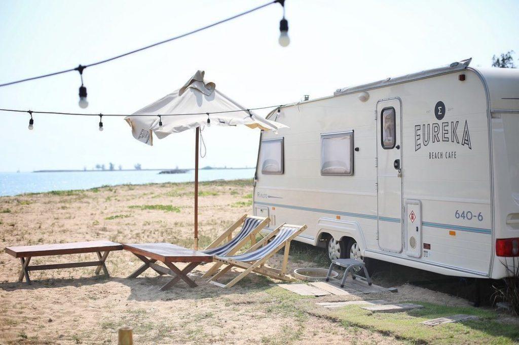 Eureka Beach Cafe Huahin